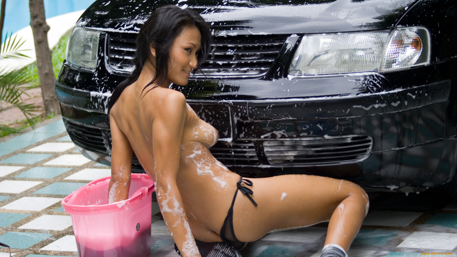 Фото девушки машины эротика